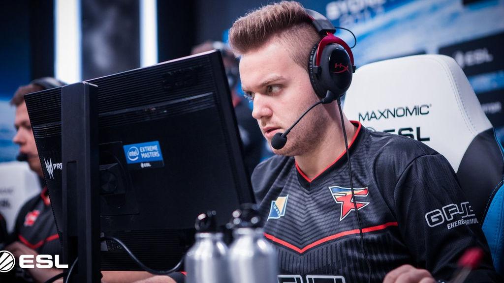 """2. Nikola """"NiKo"""" Kovač (CS:GO) fue traspasado de mousesports a FaZe por 500.000 dólares. Una cifra histórica en su momento para que la organización norteamericana se haga con el gran talento bosnio."""