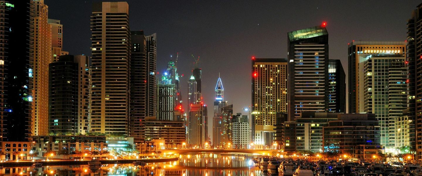 dubai_night_wallpaper_001[1]