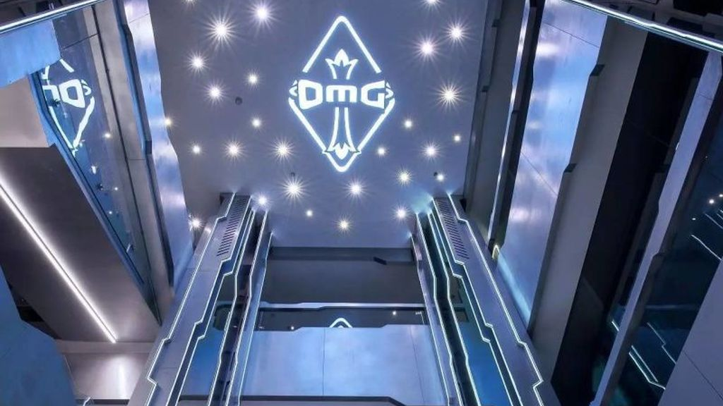 Descubre la Gaming House futurista de OMG