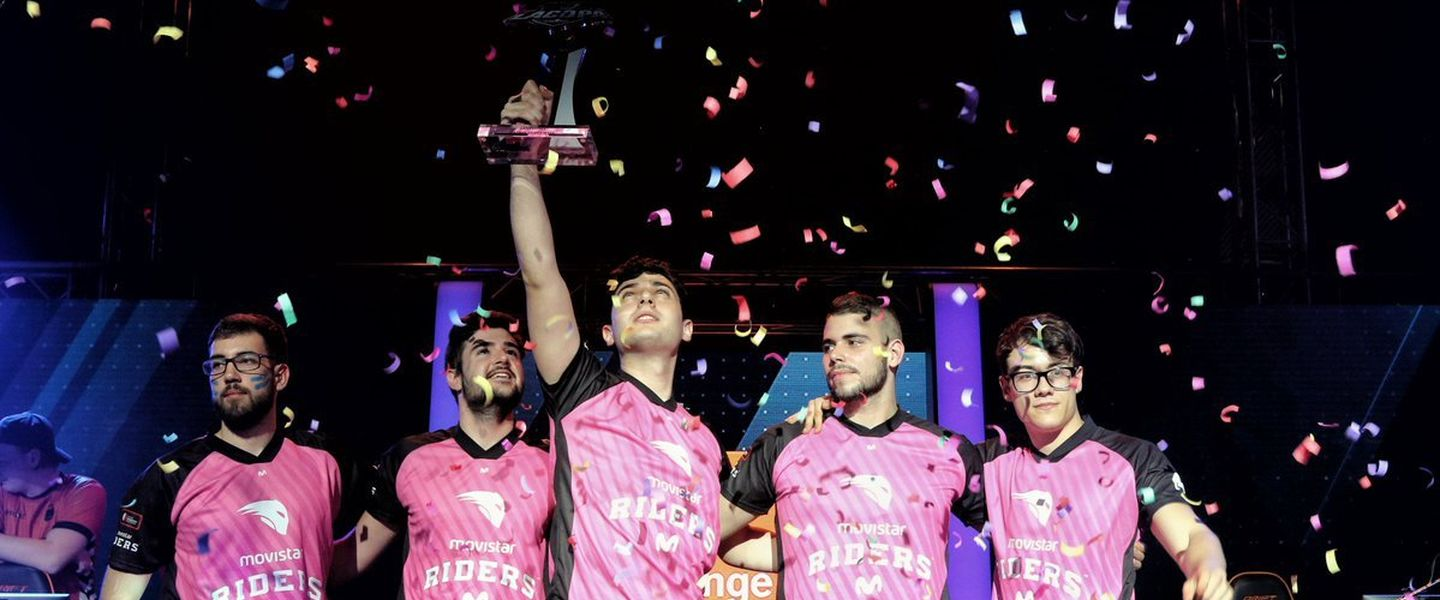 Movistar Riders arrasa y se proclama campeón de la copa de Counter Strike