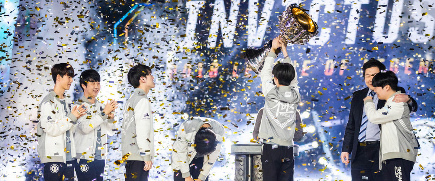 Invictus Gaming arrasa a Fnatic en la final del Mundial de LoL