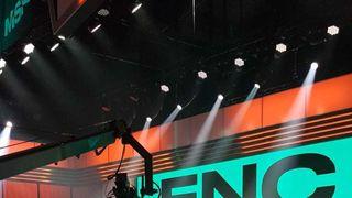 Werlyb y Nemesis se abrazan tras la victoria de SK Gaming ante Fnatic