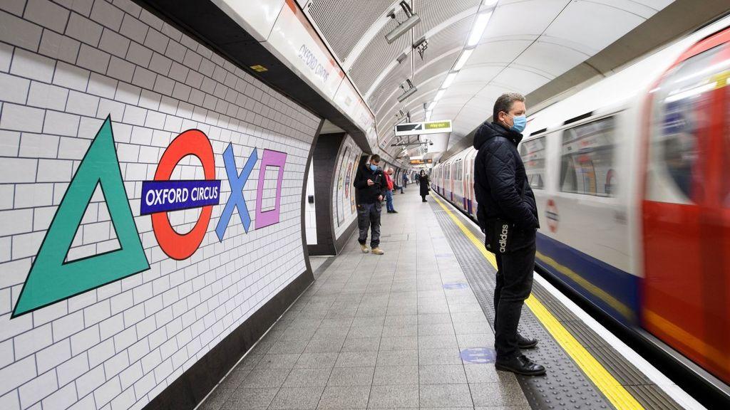 Sony viste el metro de Londres con los símbolos de PlayStation 5